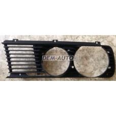 Решетка радиатора левая на БМВ Е28
