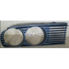 Решетка радиатора правая на БМВ Е30