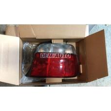 Фонарь задний внешний правый (compact) красно-белый на БМВ Е36