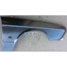 Крыло переднее правое с отверстием под повторитель на БМВ Е28