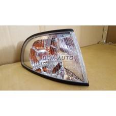 Audi a4 {s4}  Указатель поворота угловой правый тюнинг прозрачный внутри хромированный - Dem-Yug