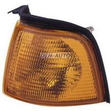 Указатель поворота угловой левый желтый на                            Ауди 80/90 - Б3