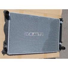Радиатор охлаждения автомат (NISSENS) (AVA) (см.каталог) на                                                       Ауди А6 Ц6
