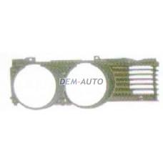 Решетка радиатора правая на БМВ Е32