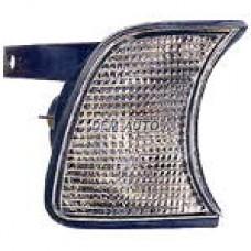 Указатель поворота угловой правый белый на БМВ Е34