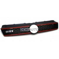 Решетка радиатора с красным молдингом , GTI