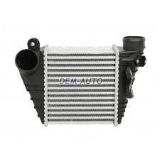 Радиатор охлаждения (см.каталог) ИНТЕРКУЛЕР!!! на                                                       Ауди А3 8Л